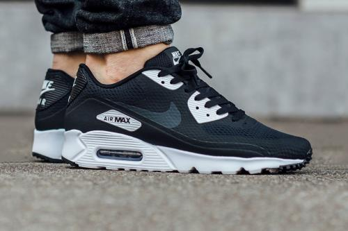 nike air max 90 black white