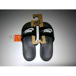 nike slippers discount