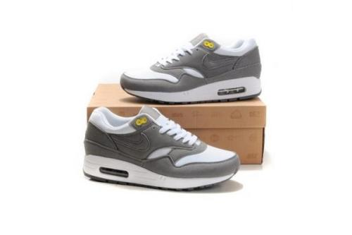 cheap for discount 81b47 d51b3 air max shoes for men. Shop authentic Nike ...