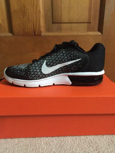 c29b16abb483ac nike air max black and white