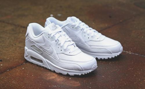 detailing 72e03 3f66f all white air max