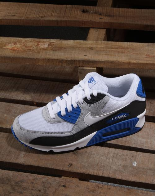 Nike air max 2013 best color the. Breakfast inclusive of  private parking  including  changing linens and towels a718f2f9e
