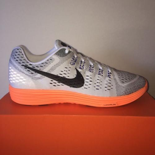 042157619fb8 nike running shoes